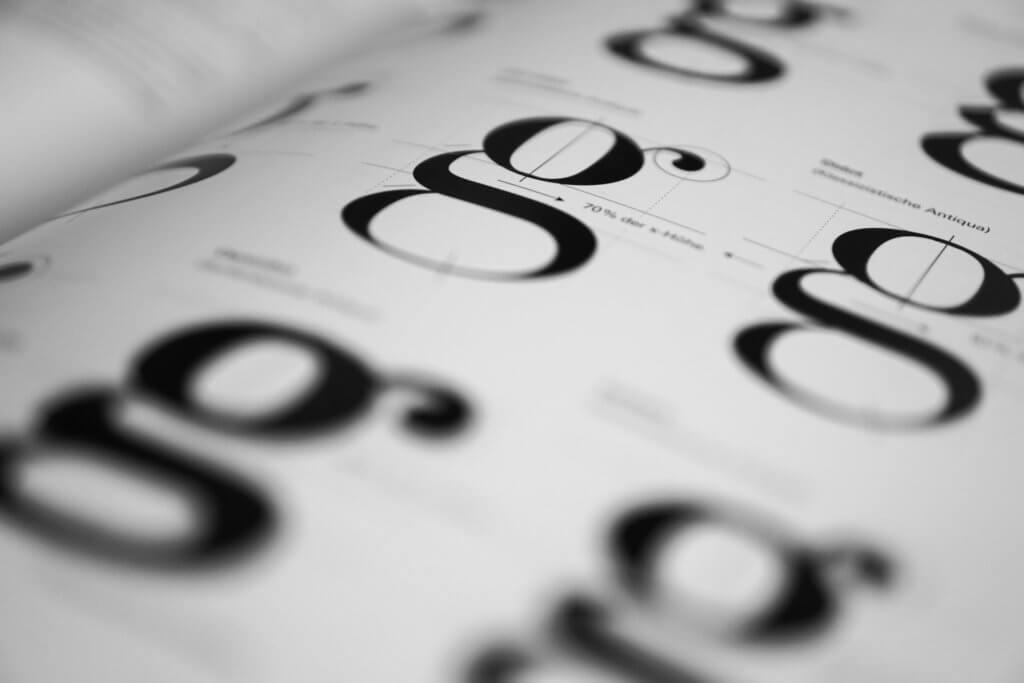 typography-1069409_1920